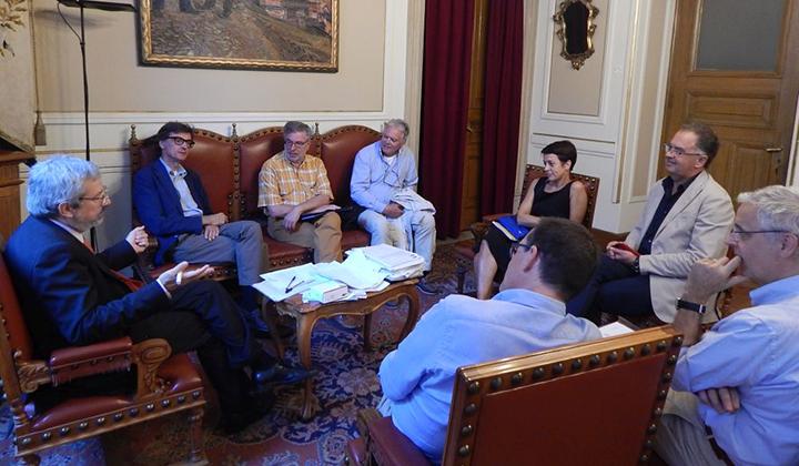 FOTO COMMISSIONE EDILIZIA 24_08-incontro-ordini.Thumb_HighlightCenter170133